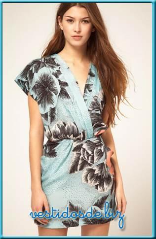 vestidos con flores casuales