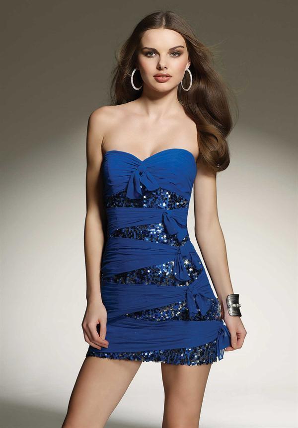 vestidos azules con lentejuelas
