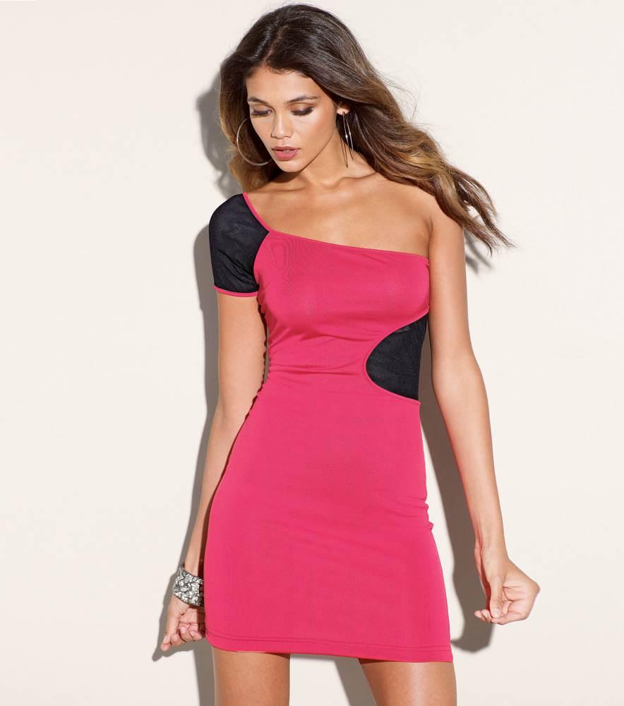 Modelos de vestidos apretados al cuerpo para fiestas de día