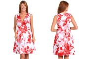 Vestidos floreados casuales de moda