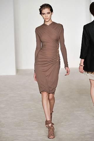 vestidos elegantes de mangas largas
