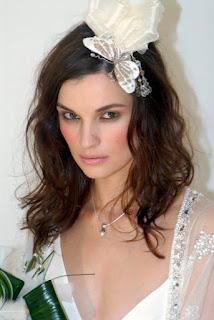 Peinados hermosos para novias modernas 2012