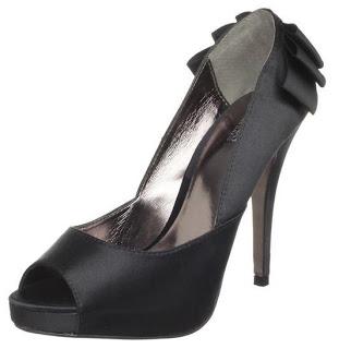 zapatos y vestidos color plata