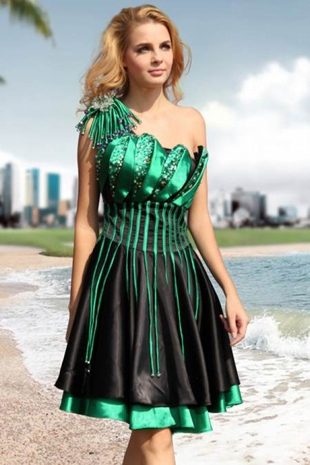 Vestidos cortos espectaculares para tus fiestas elegantes