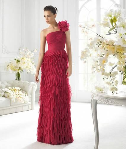 Vestidos elegantes y modernos para damas de honor