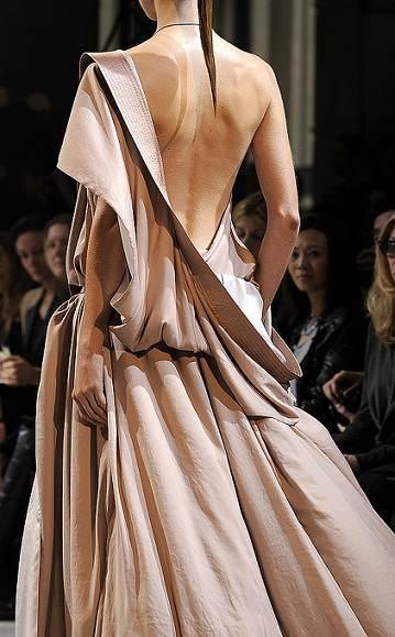 vestidos con escotes