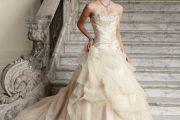 Encantadores modelos de vestidos para novias