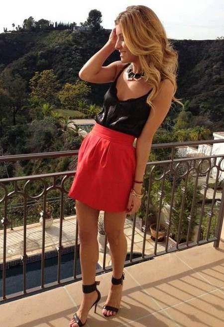 Faldas rojas, como combinarlas