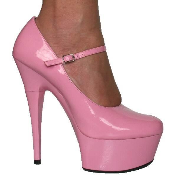 Zapatos super altos para fiestas elegantes de noche