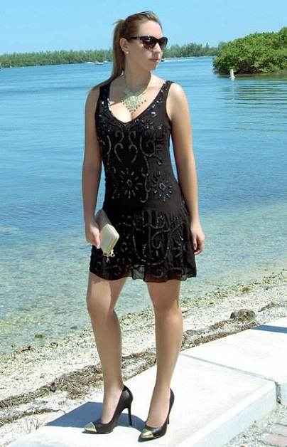 Vestidos para invitadas a una boda en la playa
