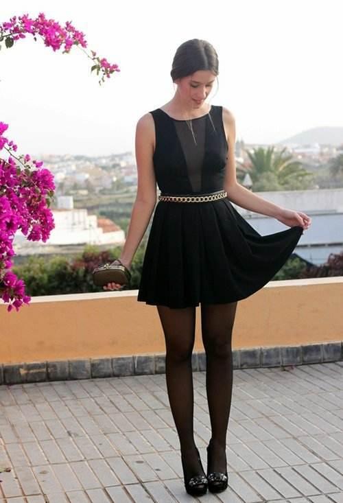 Vestido oscuro para boda de dia