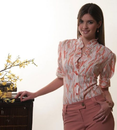 Elegantes blusas para la oficina