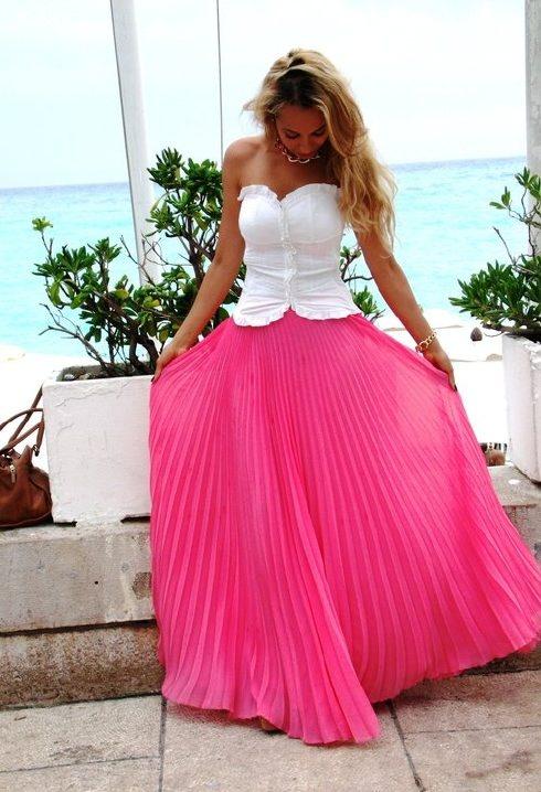 Espectaculares modelos de faldas largas
