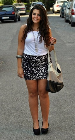 Gordas en minifaldas