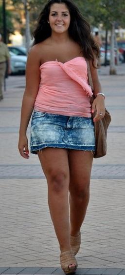 image Gordita sin ropa interior