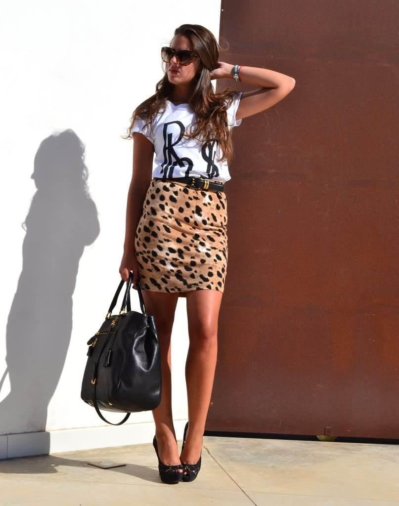 Elegantes faldas animal print
