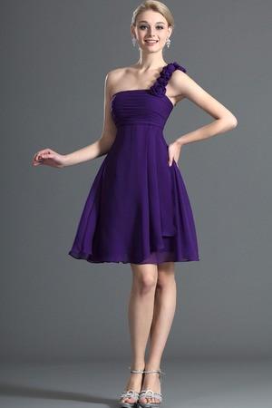 Modelos de vestidos cortos para damas de honor