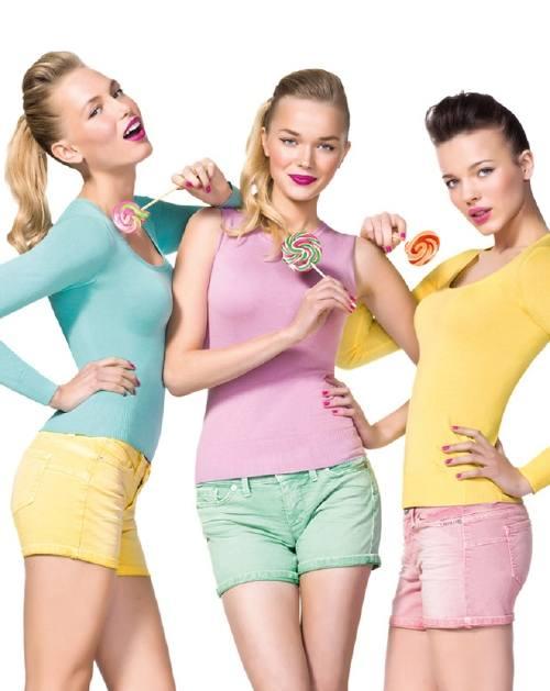 Luce sofisticada y femenina en tonos color pastel