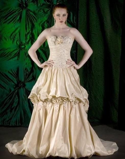 vestido-novia-color-dorado-03
