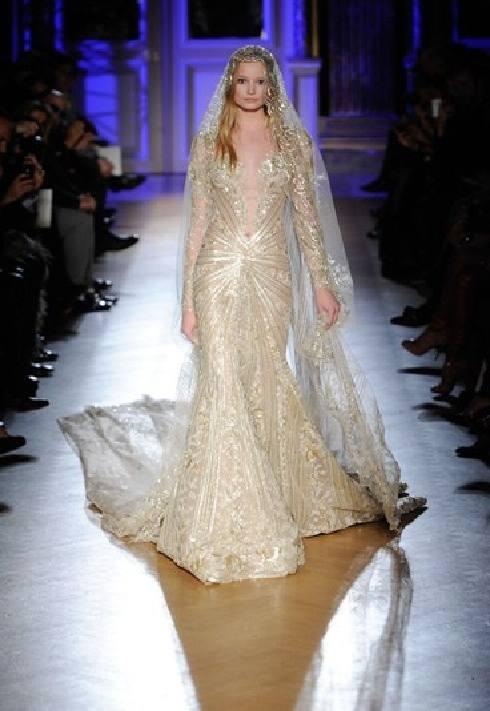 vestido-novia-color-dorado-08