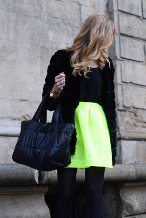 Prendas de moda color neón