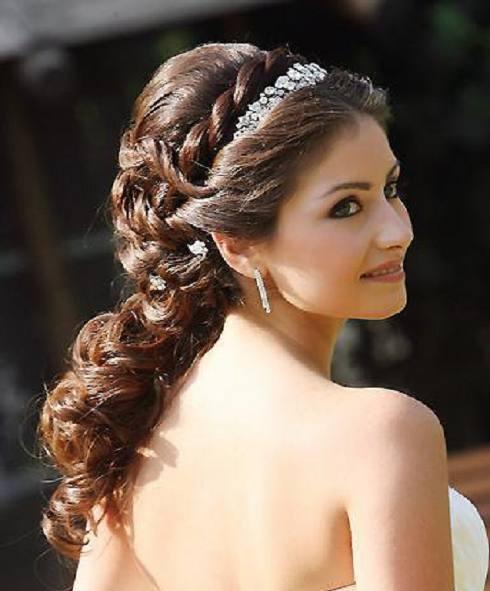Peinados de moda actual para novias