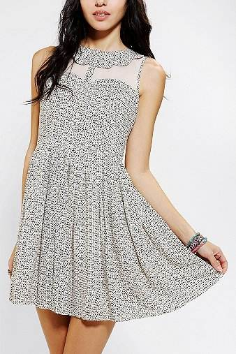 Urban-Outfitters1