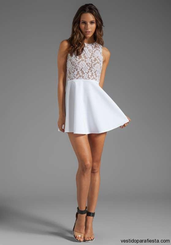 Vestidos cortos de encaje color blanco