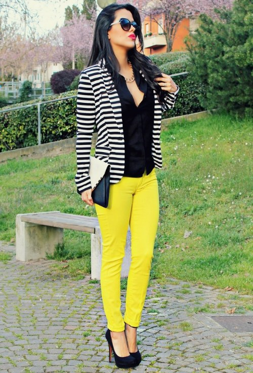 tendencia outfits amarillos