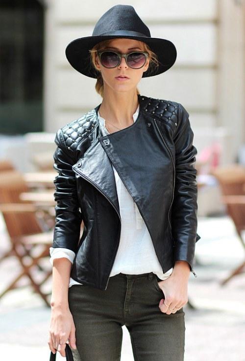 chaqueta cuero negro outfits
