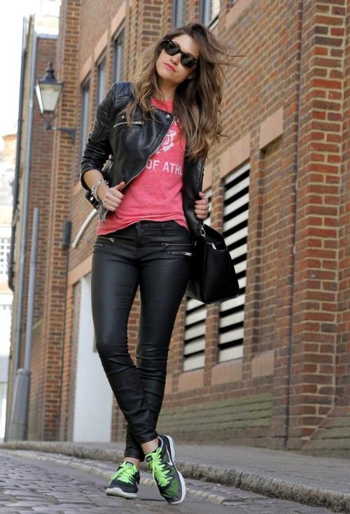 Chaquetas de cuero negro para tener un look de Primavera rebelde! | AquiModa.com
