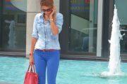 Vuelven los Pantalones de diferentes Colores para la Primavera