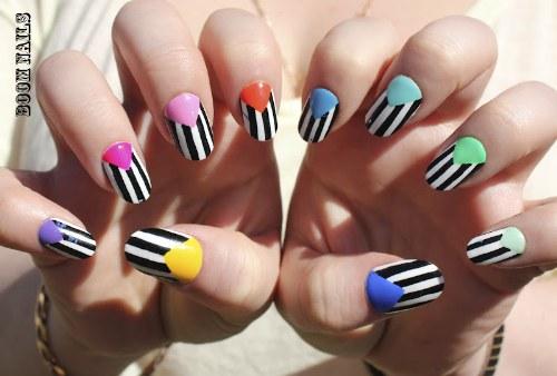 diseños uñas rayas