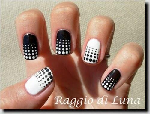 hermosos diseños de uñas en blanco y negro, tendencia total