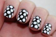 Hermosos diseños de uñas en blanco y negro, tendencia total!