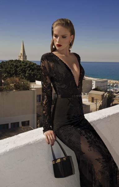 Sensuales trajes de noche en color negro colecci n for Colores sensuales