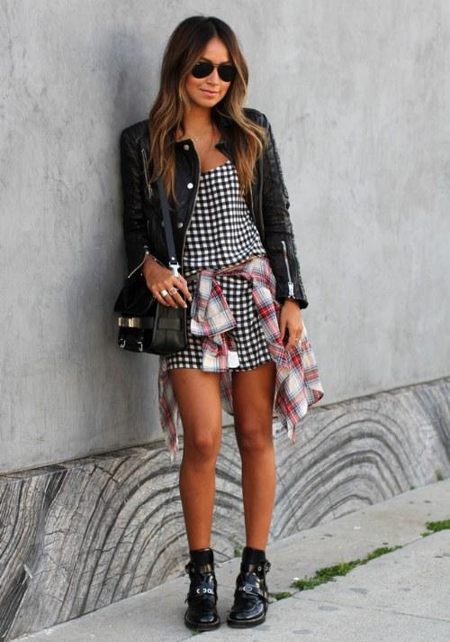Chica alta en shorts negros tall girl black shorts - 1 part 3