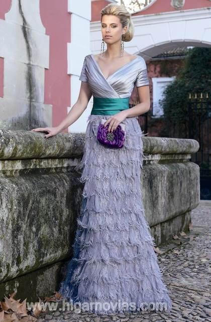 Vestidos de fiesta con plumas