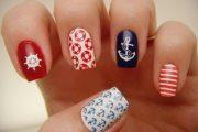 9 Ideas de lindos diseños marineros para tus uñas