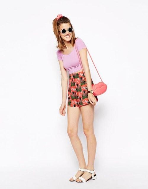 Otfits Juveniles de moda con estampados de Piñas para el Verano