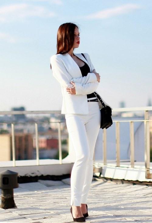 atuendos de elegancia y clase para ir a trabajar
