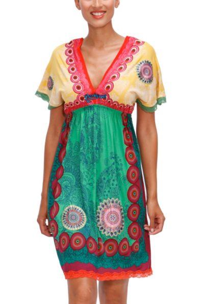 Moda playera: Vestidos frescos ideales para la playa
