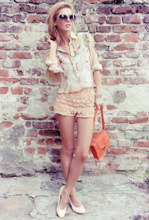 outfits con shorts tejidos crochet