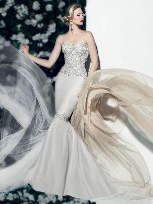 Fabulosa colección en Vestidos de Novias para Otoño por Victor Harper