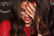 Las uñas en forma de almendras es la ultima tendencia de este año