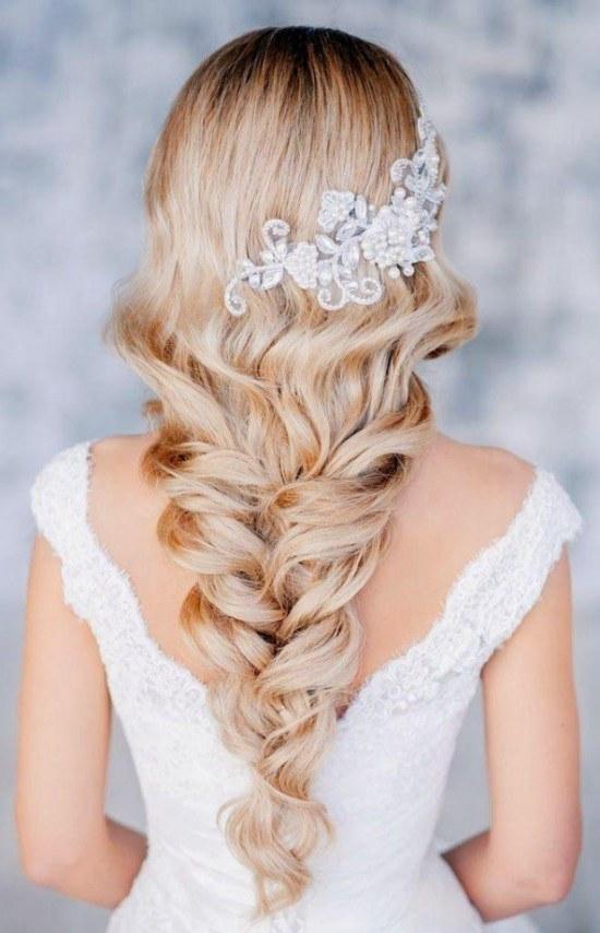 Fascinantes estilos de Peinados para las Novias