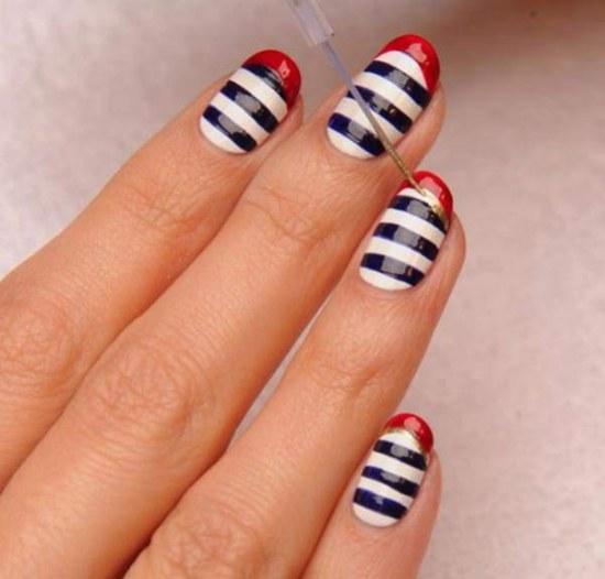 Lindos Diseños para tus Uñas de rayas para tu próximo Manicure