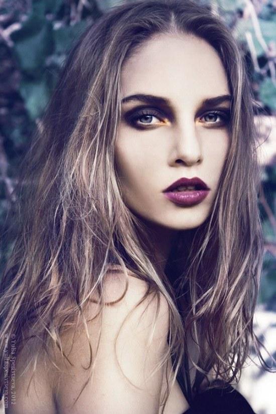 Los labios oscuros están enamorando corazones en este Invierno 2014!