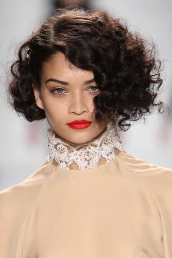 cabello ondulado estilo peinados