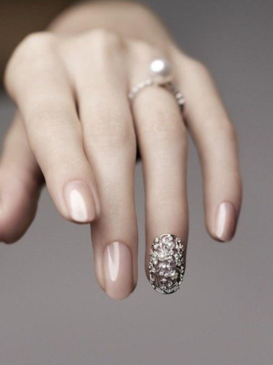 diseño minimalista uñas sencillas